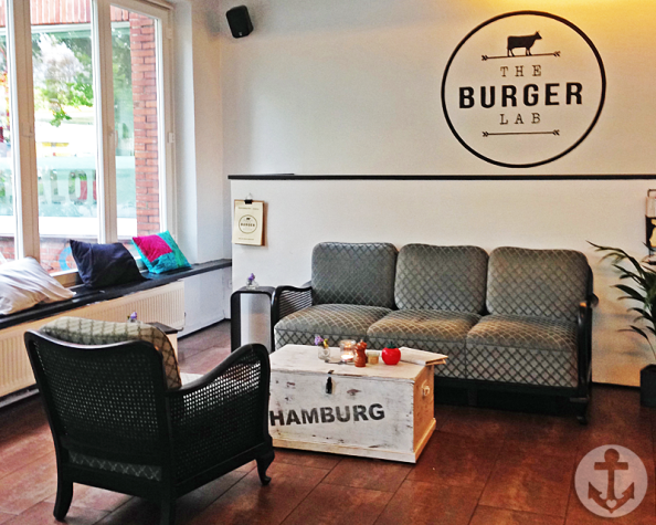 The Burger Lab in der Schanze: hippe Burger auf Omas Couch