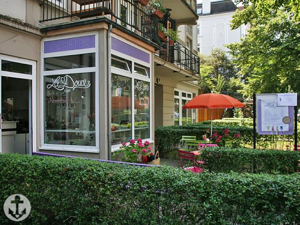 La_Douce_Cafe